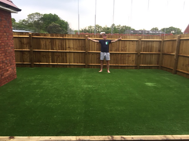 Artificial Grass Resin Specialists Gallery 6