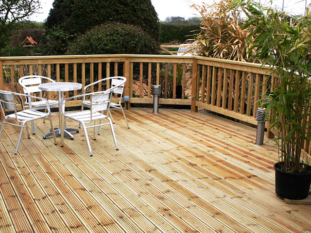 Decking Specialists Gallery 3
